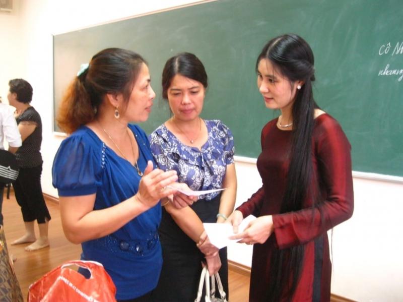 Top 8 Cách giải quyết tình huống khó xử giữa giáo viên tiểu học và phụ huynh hay nhất