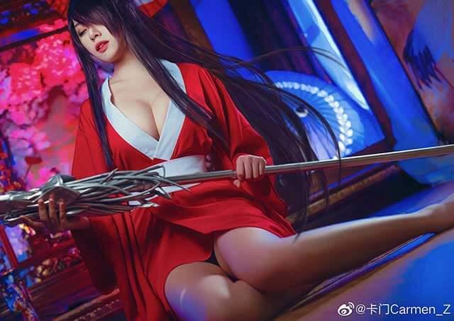 Nóng mắt với cosplay Quan Vũ kiều mị nhất lịch sử trong Ikki Tousen