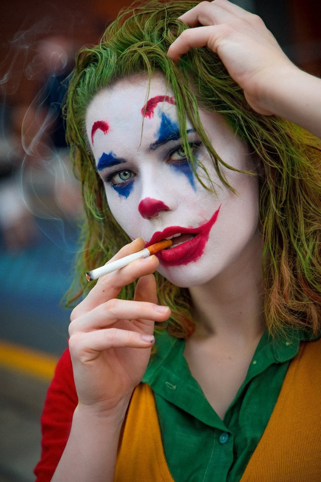 Há mồm với màn hóa thân thành Joker phiên bản nữ cực kỳ gợi cảm