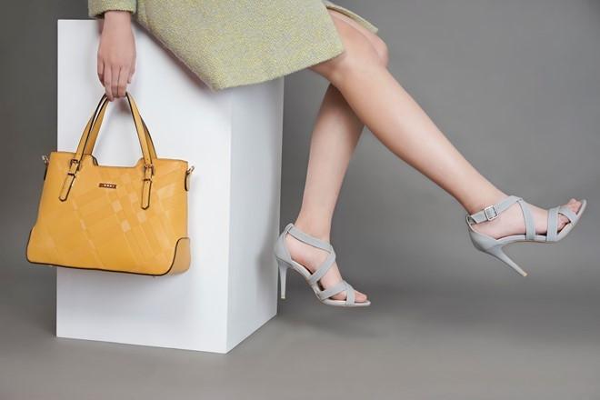 Top 10 Website mua bán giày dép đẹp và uy tín nhất hiện nay