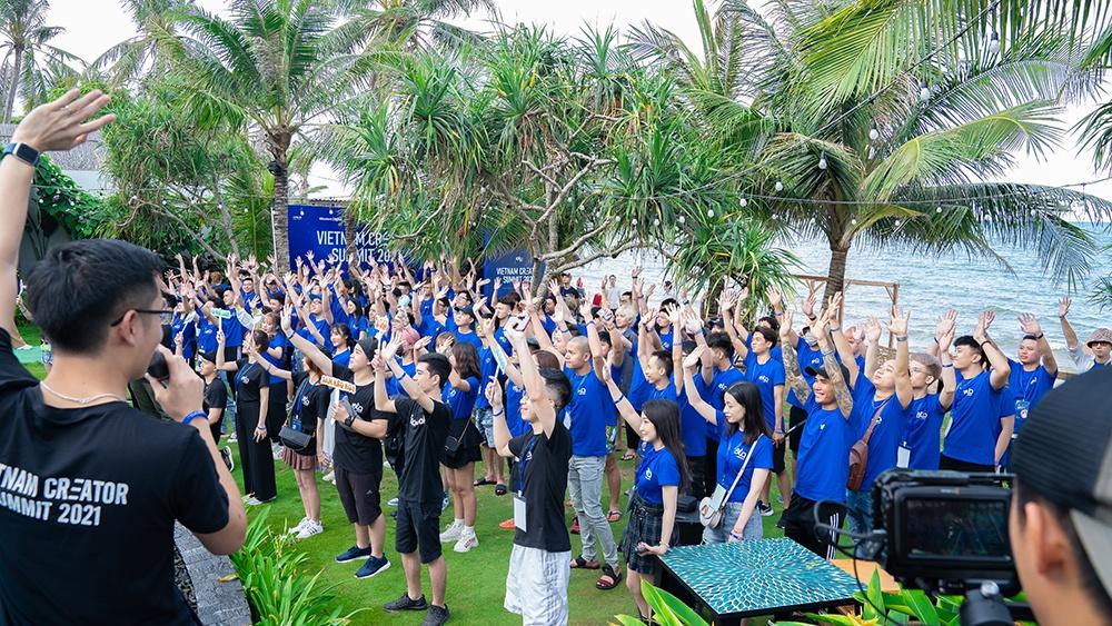 100 gương mặt Streamer cùng tụ hội tại Vietnam Creator Summit 2021