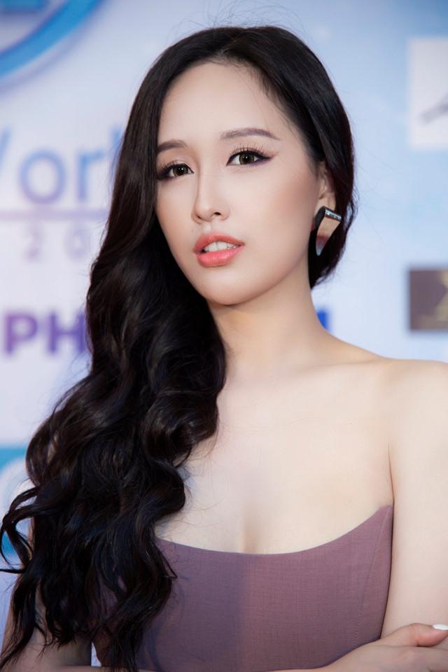 Top 9 Hoa hậu và hot girl trường Đại Học Ngoại Thương Hà Nội