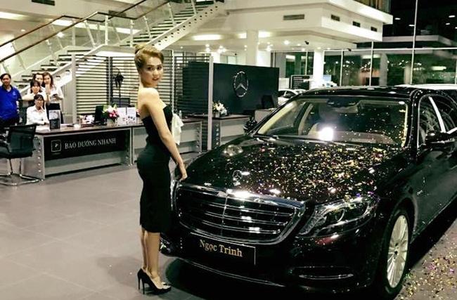 """""""Bóc giá"""" xe sang đẳng cấp của người mẫu Ngọc Trinh, nội thất choáng ngợp"""