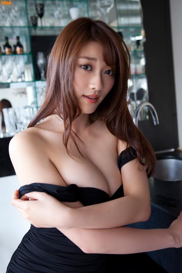 Mikie Hara: Thần tượng quyến rũ nhất Nhật Bản