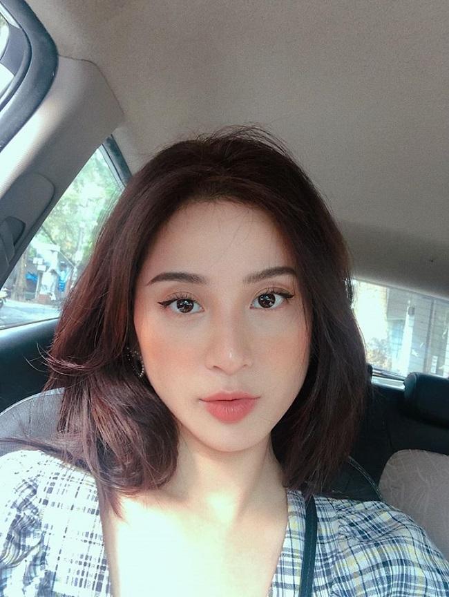 Hot girl Hà Thành đổi đời không ngờ: Người được ở biệt thự trăm tỷ, kẻ làm mẹ đơn thân