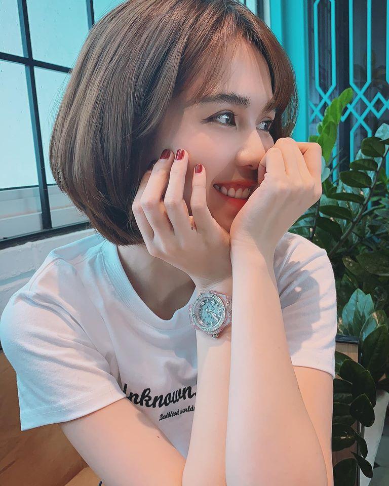 """Ngọc Trinh tiết lộ lý do trở lại facebook sau một tháng """"đóng cửa"""""""
