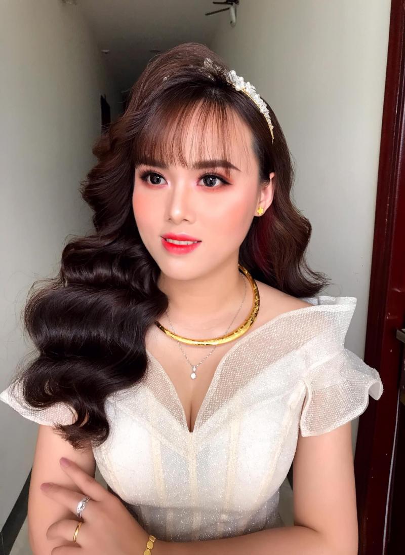 Top 9 Tiệm trang điểm cô dâu đẹp nhất Phan Thiết, Bình Thuận
