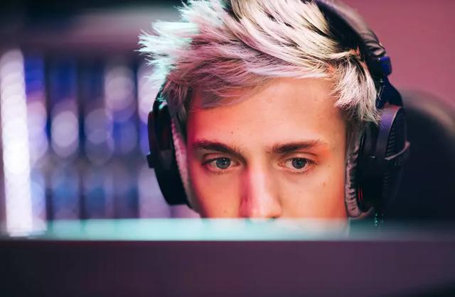 Từ streamer được yêu quý nhất, Ninja bất ngờ bị ghét bỏ thậm tệ vì lý do khó đỡ này đây