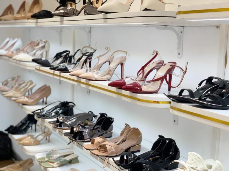 Top 10 Cửa hàng giày dép đẹp nhất ở Hà Nội