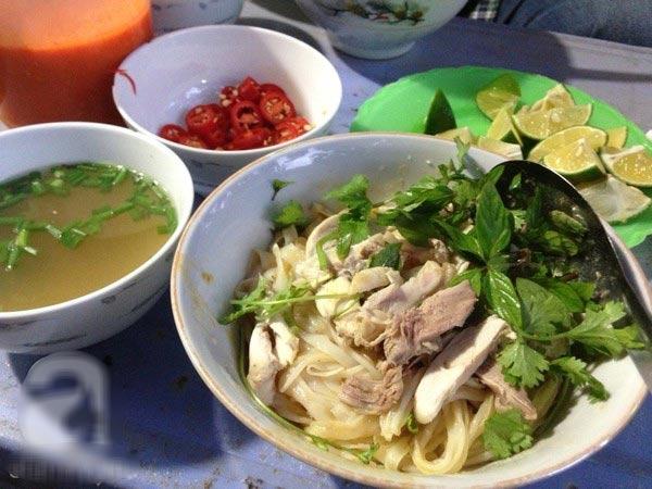 Top 7 Quán phở gà trộn ngon nhất tại Hà Nội