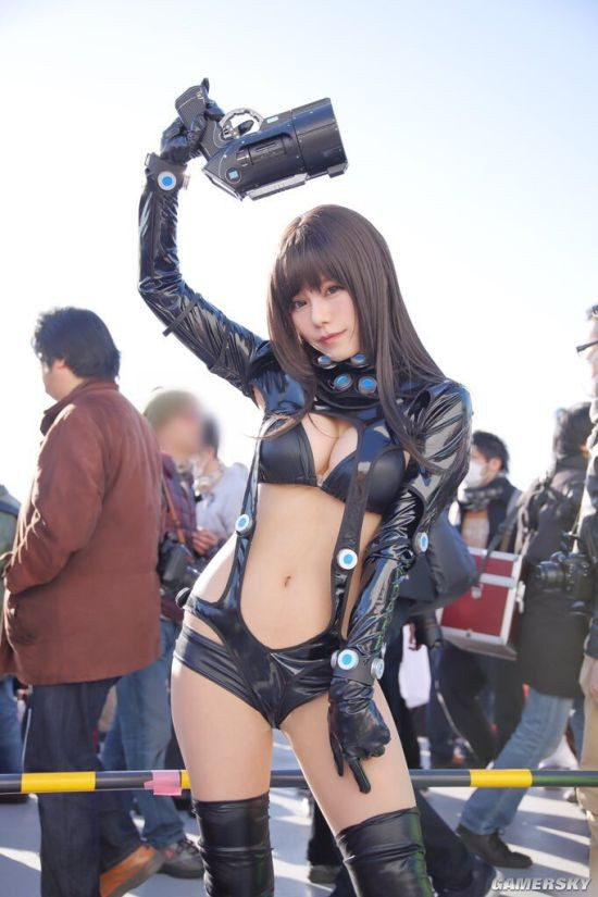 Cosplay cô nàng Reika Shimohira cực nóng bỏng trong GantZ khiến bạn chảy máu mũi