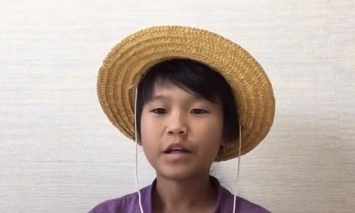 YouTuber nhí bị chỉ trích dữ dội vì dõng dạc tuyên bố: 'Cha mẹ không có quyền ép con đi học'