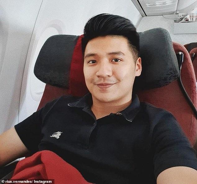 Phàn nàn về menu trên máy bay, Youtuber bị kiện, đối mặt án phạt 4 năm tù giam