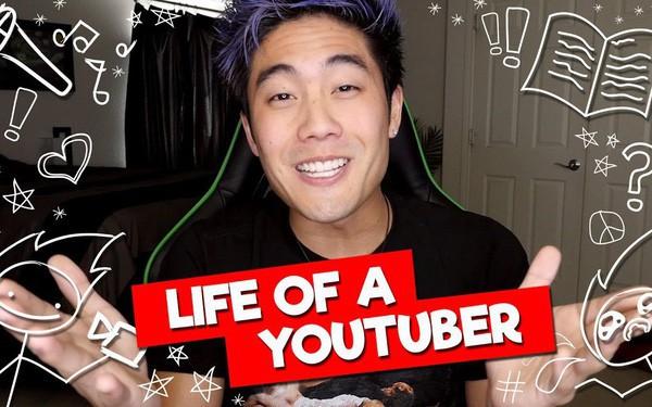 Từ quảng cáo đến bán hàng, các YouTuber đang kiếm tiền ra sao?