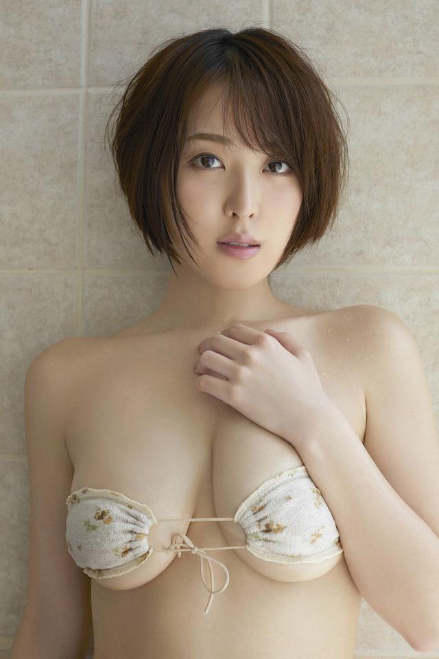 """Sở hữu """"kho tàng"""" ảnh sexy trên mạng, hot girl siêu vòng một của Nhật Bản bất ngờ trở nên nổi tiếng"""