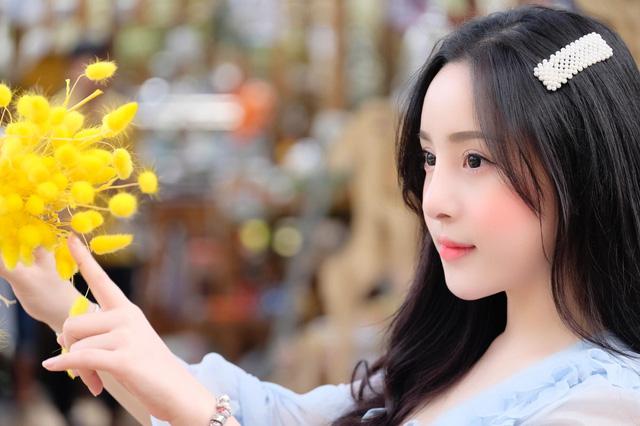 Gặp gỡ Võ Kim Ngân – nữ streamer gợi cảm nhất Việt Nam với số đo 3 vòng 91-67-95 vạn người mê