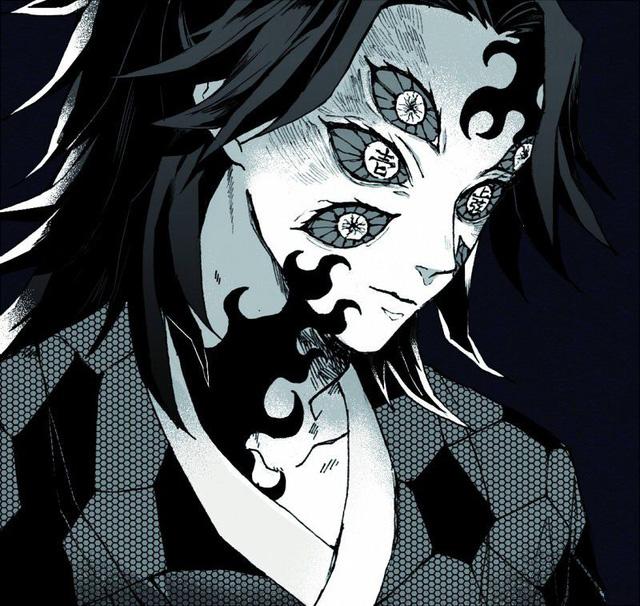 """Kimetsu no Yaiba: Đỉnh cao của sự sáng tạo, """"thánh cosplay giá rẻ"""" hóa trang thành """"cụ nhất"""" và nhận được mưa lời khen"""