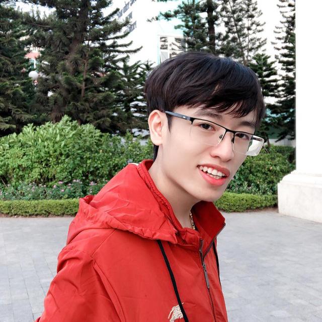 Trần Phạm Mạnh Hùng: 'Sống vì đam mê để không tiếc nuối'