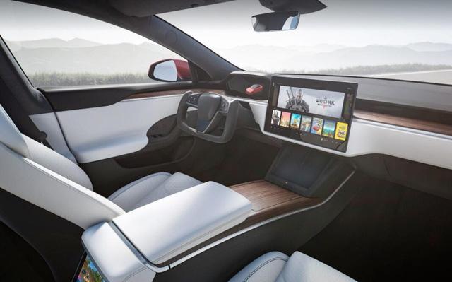 Đỉnh cao xe điện Telsa của tỷ phú Elon Musk: Trang bị hẳn dàn máy mạnh ngang PS5 để chiến game cho tít