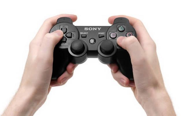 Những hành động ngớ ngẩn mà game thủ từng làm trong chơi điện tử