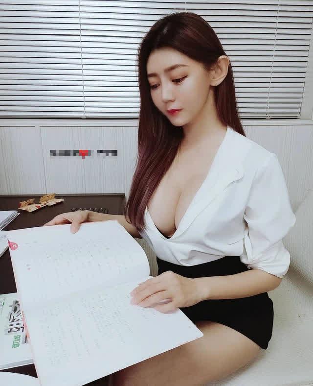 Được mời đóng phim 18+ vì quá xinh, nàng hot girl kiên quyết từ chối, lựa chọn làm giáo viên dạy tiếng Nhật ngay sau đó