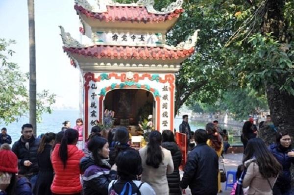 Top 15 đền chùa linh thiêng nhất Việt Nam