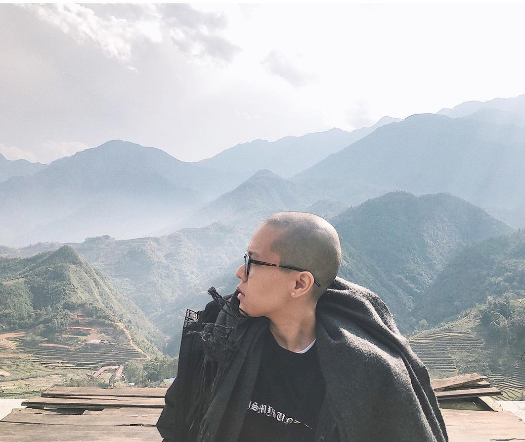 Tiên Tiên bất ngờ cạo trọc mái tóc khiến cộng đồng mạng ngỡ ngàng