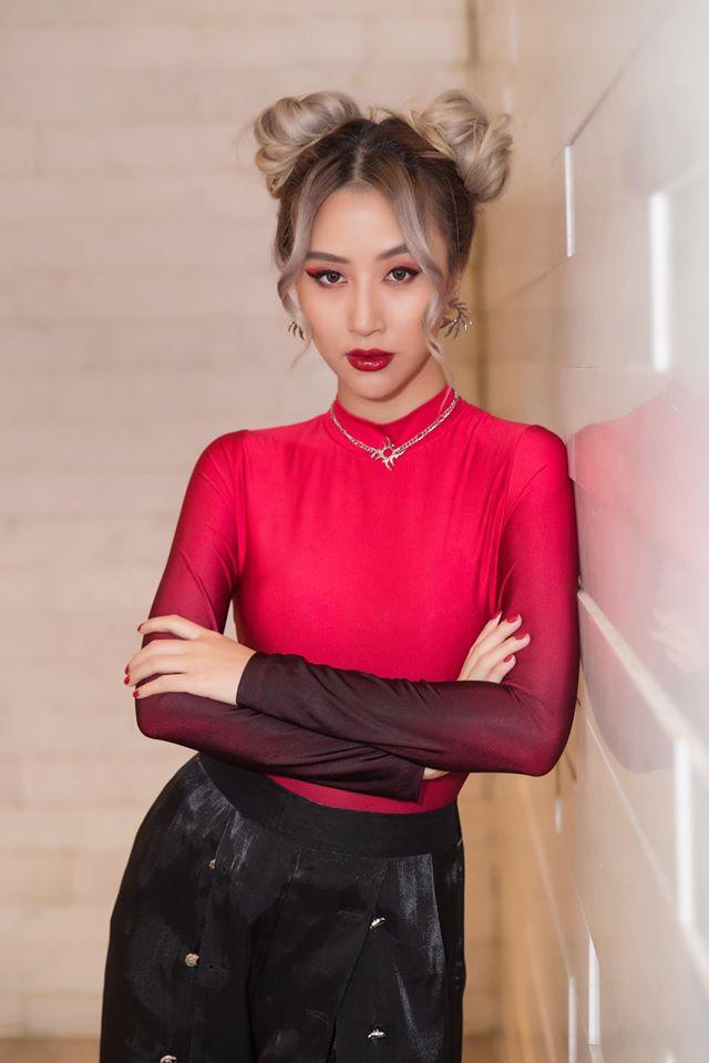 Dàn hot girl Việt sinh năm 1996: Người thay đổi style, kẻ bị lan truyền clip nóng
