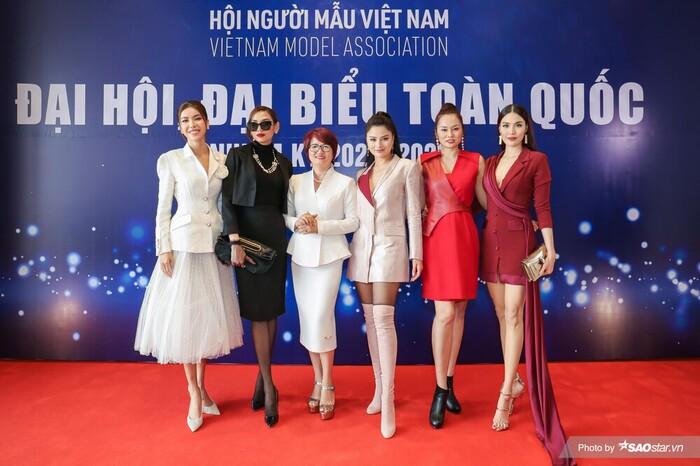 Góc tự hào: Lan Khuê vào Ban chấp hành Hội Người mẫu Việt Nam