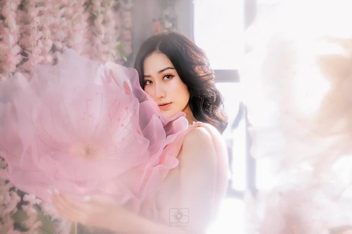 Hot 'bỏng mắt' với bộ ảnh sexy của hot girl Lương Yến Ly
