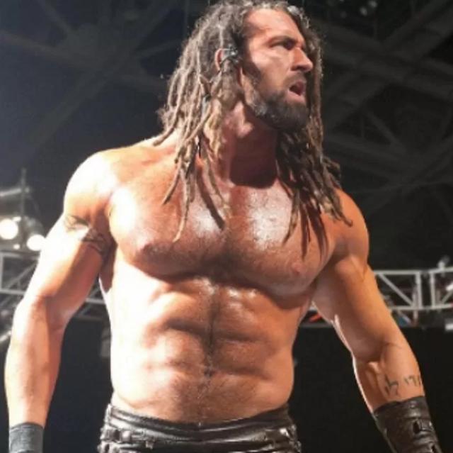 Huyền thoại đô vật WWE giải nghệ, sau 7 năm trở lại với hình ảnh gây sốc cộng đồng mạng