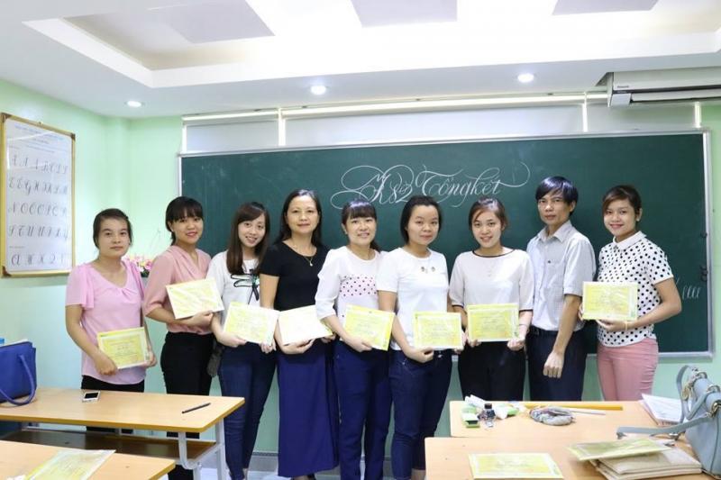 Top 9 Giáo viên dạy luyện chữ đẹp nổi tiếng nhất Hà Nội