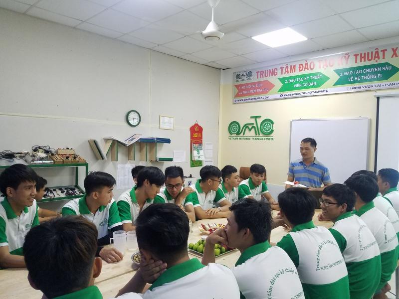Top 5 Trung tâm dạy sửa chữa xe máy uy tín ở TPHCM