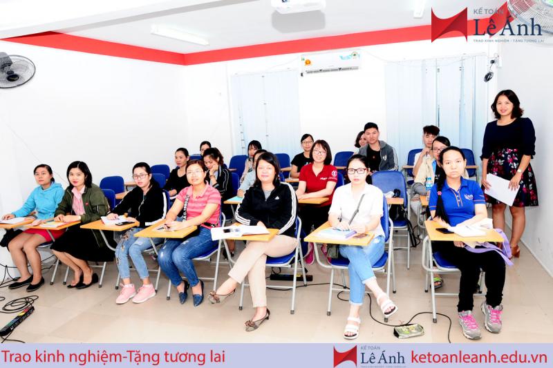 Top 10 Trung tâm dạy kế toán tốt nhất Hà Nội