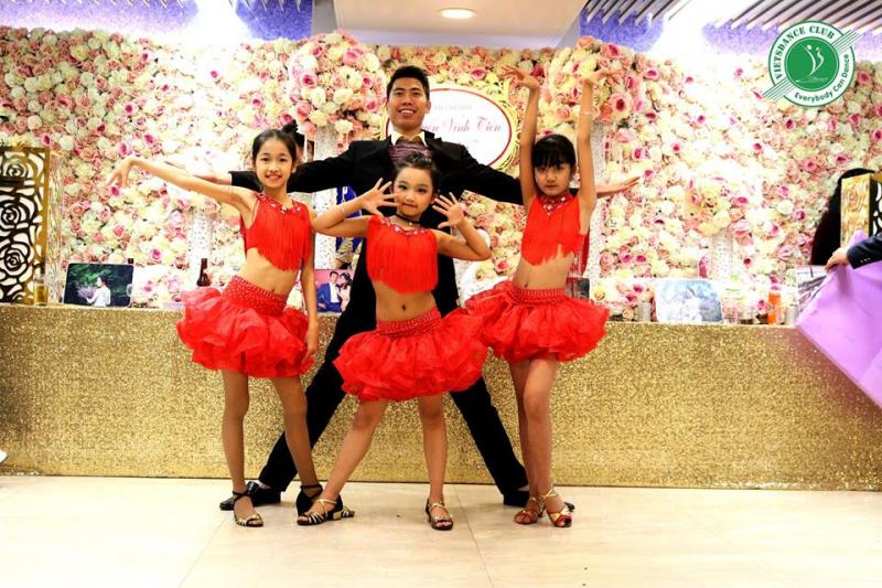 Top 8 Trung tâm dạy khiêu vũ tại Hà Nội