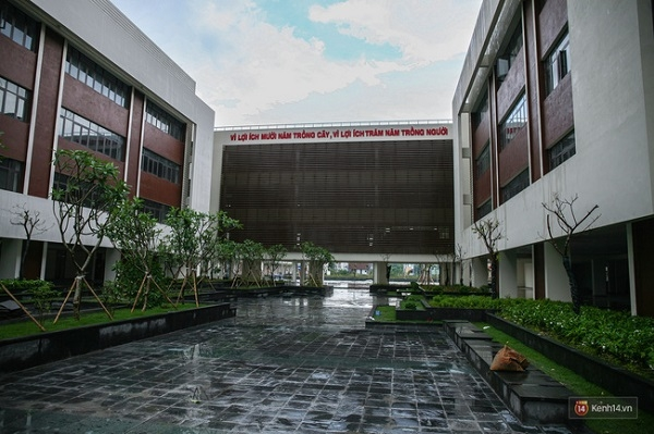 Top 10 Ngôi trường THPT đẹp nhất Việt Nam