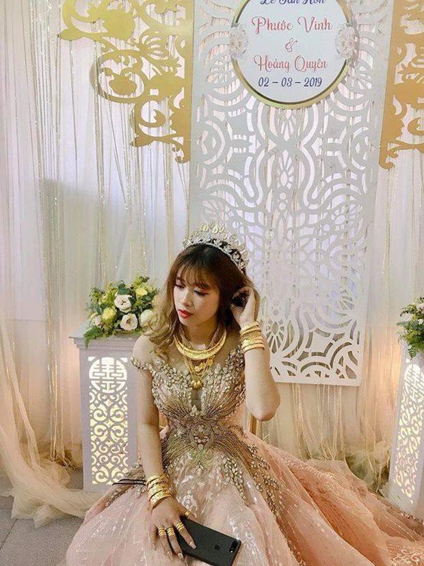 """Những đám cưới xa hoa, """"vàng chóe"""", loé mắt cộng đồng mạng năm 2019"""