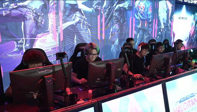 Valorant: Bomman cùng Team Vandal 'ăn hành' ngập mồm trong trận Showmatch