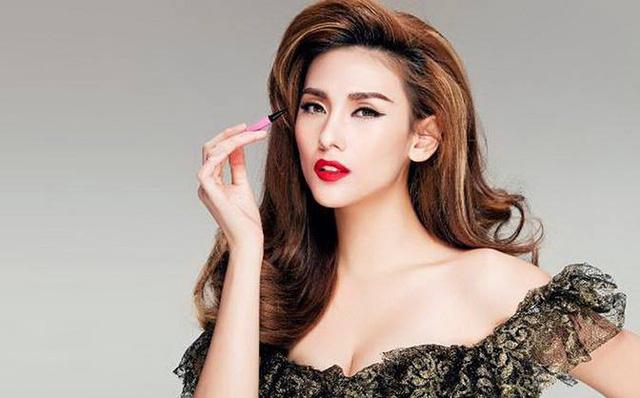 Top 13 Người mẫu nữ nổi tiếng nhất Việt Nam