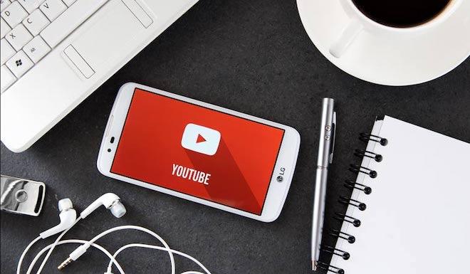 Giật mình lượng video và bình luận bị YouTube gỡ bỏ