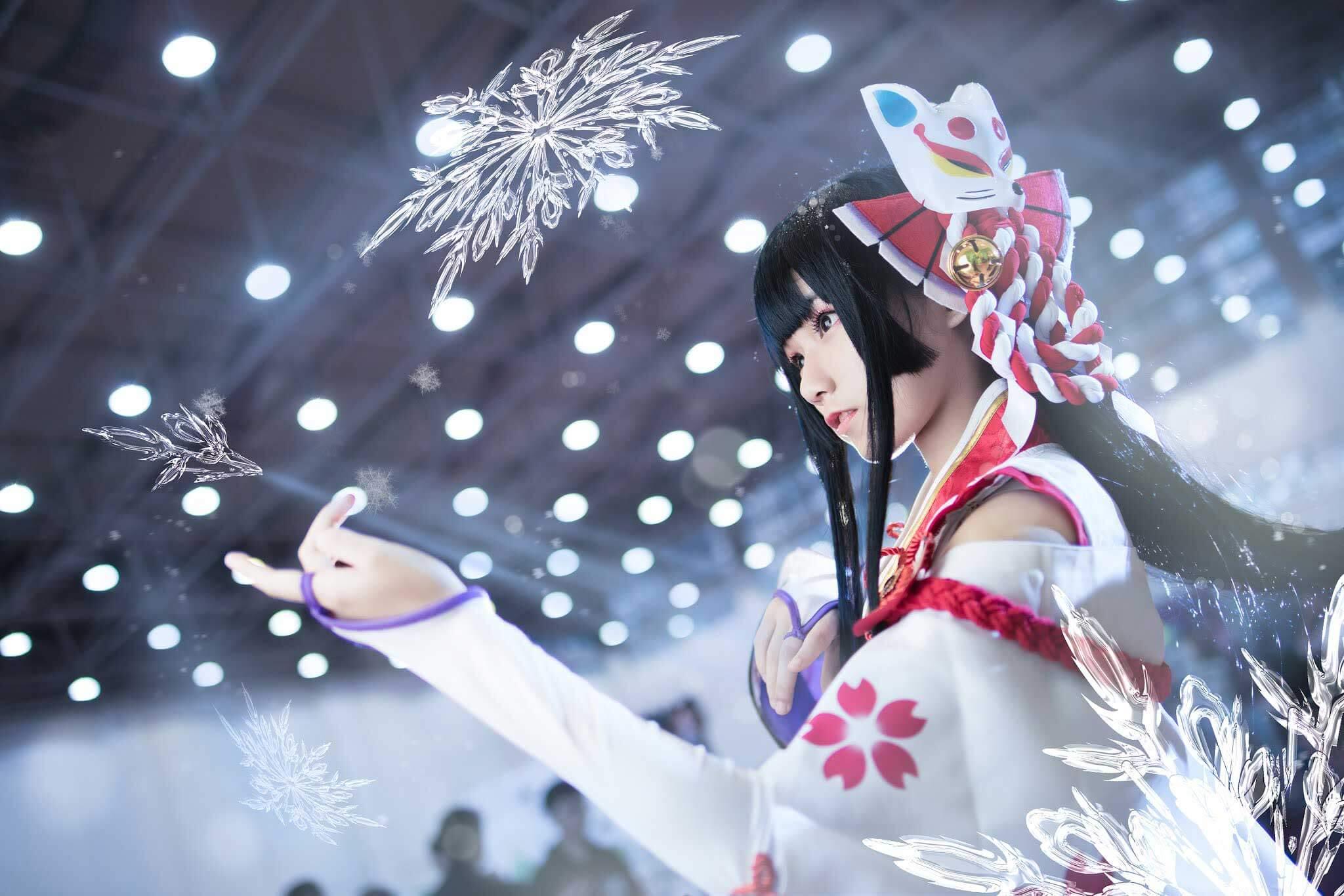 Cosplay Tuyết Nữ Yuki Onna siêu kute của game mobile Âm Dương Sư