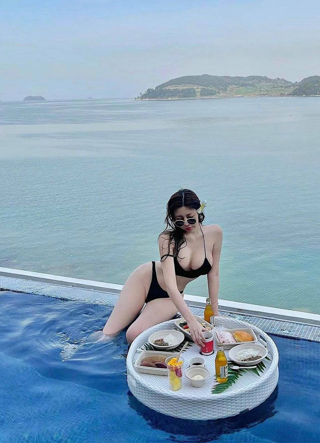 Hot girl Choi Somi chuộng trang phục khoe dáng đẹp tự nhiên