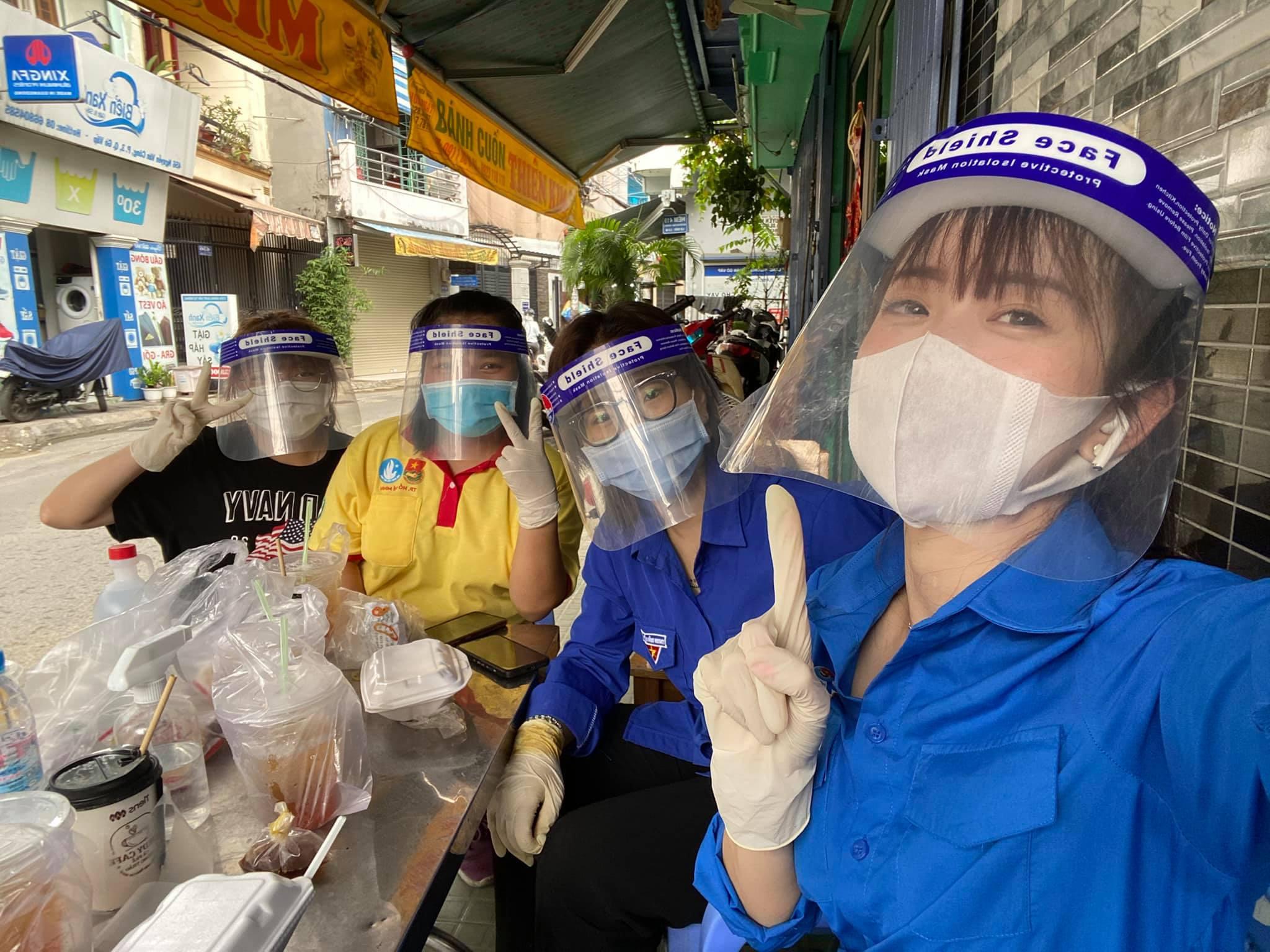 'Hot girl làng võ' Châu Tuyết Vân tình nguyện đi chống dịch - ảnh 1