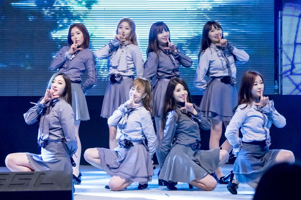 Hàng loạt ngôi sao Kpop trở thành F1 sau lệnh nới lỏng ở Hàn Quốc