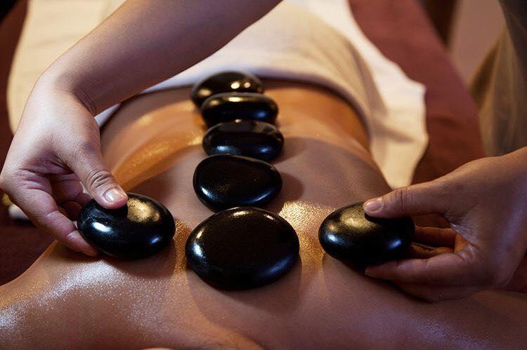 Top 8 địa chỉ massage trị liệu, phục hồi sức khỏe tốt nhất ở TP.HCM