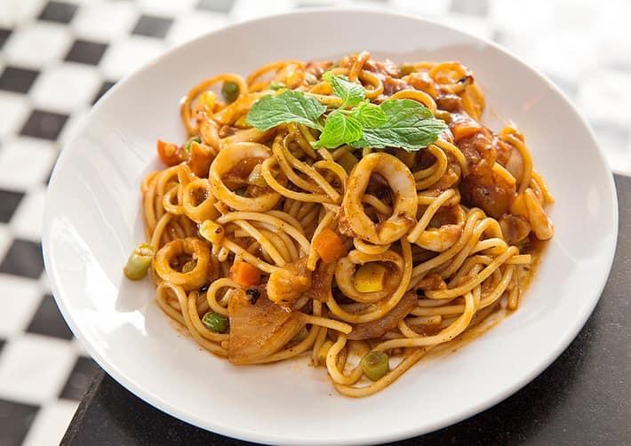 Top 15 Quán ăn ngon và chất lượng tại đường Lạc Trung, Hà Nội