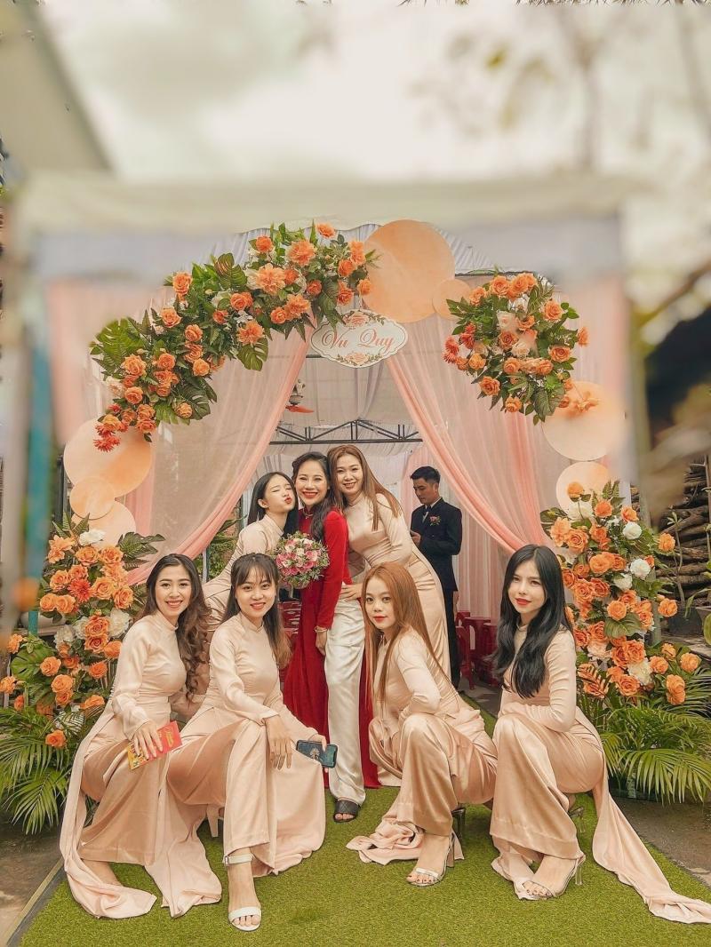Top 9 địa chỉ cho thuê áo dài bưng quả, áo dài cưới hỏi đẹp nhất tại Nha Trang