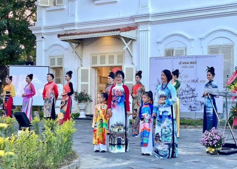 Top 9 Địa điểm may và bán áo dài nổi tiếng nhất tại Huế