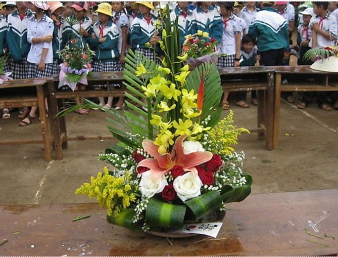 Top 4 Cách cắm hoa đẹp 20/11 và thuyết trình hay, ý nghĩa nhất