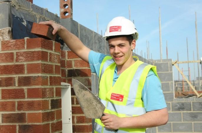 Top 11 Bài văn tả một người thợ xây đang làm việc (lớp 5) hay nhất